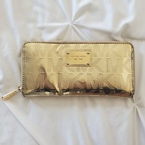 MICHAEL KORS GOLD SHINY WALLET